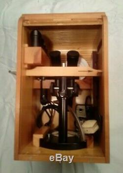 Carl Zeiss Stereomicroscope SMXX with 2 Eyepiece sets, lighting, manuals and box